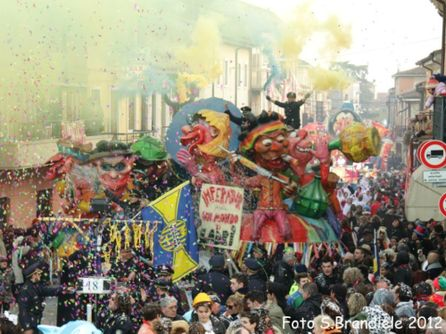 L'edizione 2012 del Carnevalon de l'Alpon