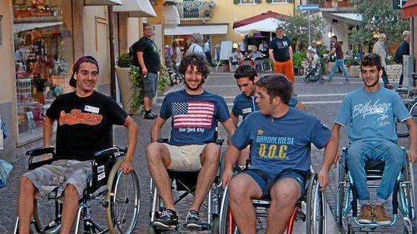 L 39 territori garda baldo bardolino for Fisico sedia a rotelle