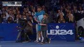 Il ragazzino che beffa Federer