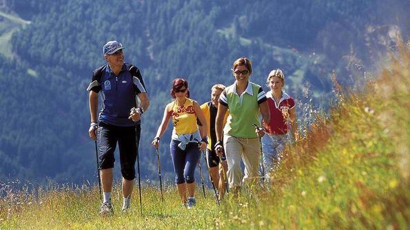 Nordic walking: primo «parco» dedicato sull'alto Garda